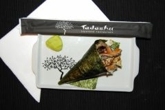 Temaki shakeSkin ( salmão e skin )